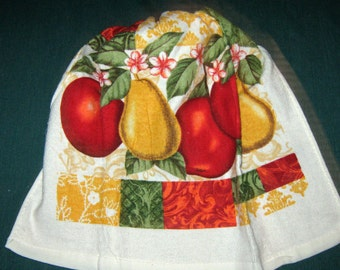 One Kitchen Crochet hanging Towel Apples and Pears, Gold top