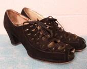 Vintage 1930's 1940's Black Suede Cut Out Lace Up Shoes Heels 8