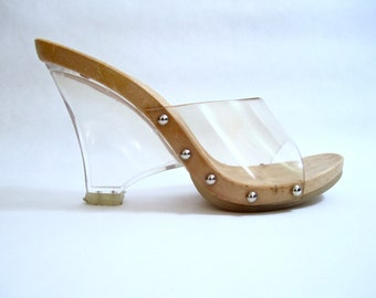 FANTASTIC vintage 1970's lucite slide heels BAKERS debbie harry womens 7 1/2 italy AVANT garde modern new wave disco glam