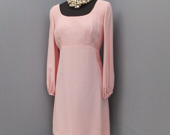 1960s Mod Empire Waist Pink Crepe Dress / Valley of the Dolls
