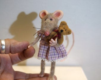 ooak little girl poseable mouse ( #4 ) polymer clay art doll by DinkyDarlings elf pixie fairy faery