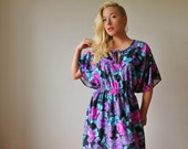 1970s Vibrant Floral Tunic Dress~Size Medium to Extra Large