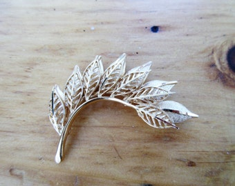 Vintage Gold Tone CORO Leaf SPRAY Pin