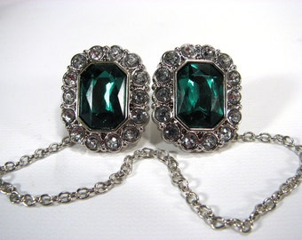 Sweater Clip Emerald Green Jewel White Rhinestones Silver Linked Chain Jacket Clasp