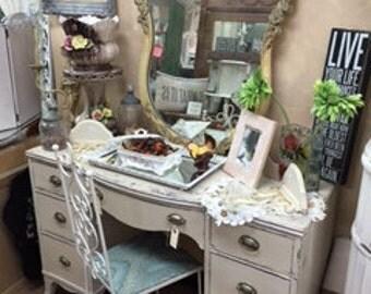 7 Drawer Mahagony Desk