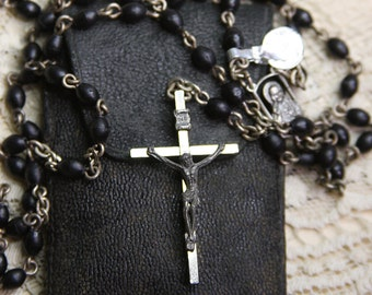 Vintage ROSARY Crucifix in Original Pouch- Italy- Black Beads on Chain- Praying Cross