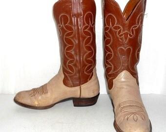 Mens 10.5 B Sanders Brand Cowboy Boots Western Rockabilly Narrow Tan Folk Worn