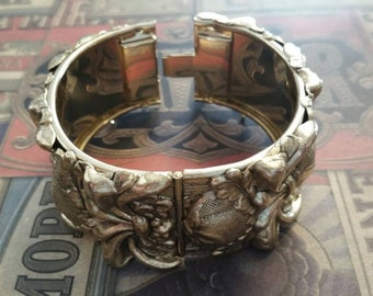 Vintage WHITING & DAVIS Gold Floral Thick Wide Cuff Bangle Bracelet Wedding Bridal