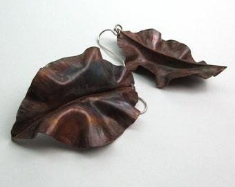 Fold Form Leaf Copper Earring - Curly Copper Earring Dangles - Autumn Leaves Earrings - Leaf-002