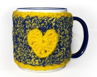 Blue Gold Mug Cozy, Crocheted Coffee Cup Cozy, Tea Mug Cozy, U of M Gifts, Coffee Mug Wrap, Coffee Lover Gift, CHOICE of HEART