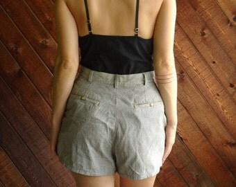 extra 25% off SALE ... 90s Railroad Stripe Pleat Front High Waist Denim Shorts - S/M