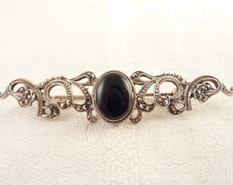 Vintage Sterling and Marcasite Scrollwork Onyx Stone Brooch