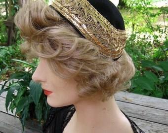 Juliet Cap Black Glenover Felt Wide Gold Metallic Lace Border Elegant Romantic Evening Cocktail Hat Vintage Accessory Excellent Condition