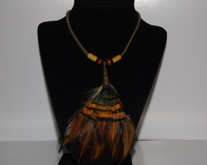 Feather and Bead Wire Necklace, Feather Jewelry, Wood Bead, Feather Necklace, Healing Jewelry, Native American inspired Jewelry