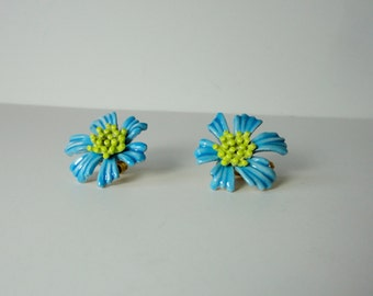 Vintage Ble enameled Flower Earrings Signed ART.