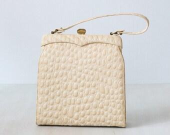 Vintage 1960s Textured Leather Cream Top Handle Frame Handbag / Oblong / Cream Off White