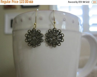 ON SALE Antiqued Brass Filigree Earrings - Small
