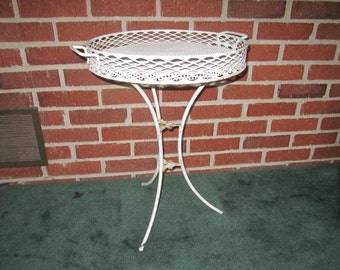 Vintage Mid Century Metal Collapsible White Patio Camping Table