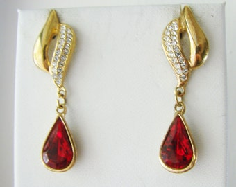 Vintage Roman gold and ruby red tear drop cocktail earrings with clear crystals (D4)