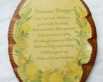 Parents Prayer, Vintage Plaque, Wooden Plaque, Scalloped Edges, Vintage Home Decor, Wall Hanging, Unique Gift Idea, Vintage Decoupage, Retro