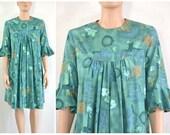 Vintage 60s Mini Dress Babydoll Dress  / Circle Bell Cuffs - medium