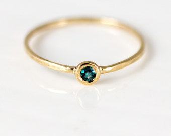 Natural Alexandrite Ring // 14k Gold Ring with Genuine Purple Green Color Change Alexandrite // Alexandrite Stacking Ring, June Birthstone