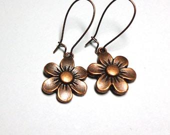 Flower Copper Earrings, Copper Daisy Earrings, Copper Flower Earrings, Dangle Earrings, Spiritcatdesigns