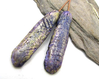 Higgle Chaffer -  Flat Pods Polymer Clay Golden, Purple and Black Crackle Textured Lightweight Copper Wires Numi- Poly Pair (2)