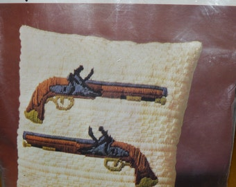 BERNAT tabriz quick stitch needlepoint kit DUELING PISTOLS