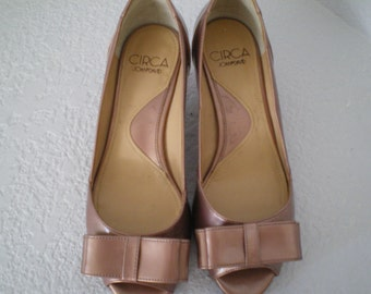 SALE Vintage Pink Shoes French Heel