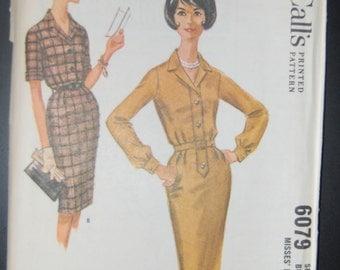 McCalls Vintage Sewing Pattern 6079 Ladies Dress