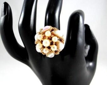 Act II Teardrop Pearl Adjustable Ring. 1970s Statement Jewelry