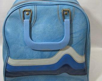 Vintage Brunswick Baby Blue Stripe Vinyl Bowling Bag
