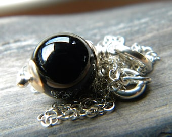 Round black onyx necklace - Sterling silver handmade jewelry
