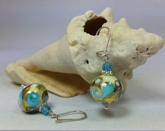Precious earrings in Murano glass