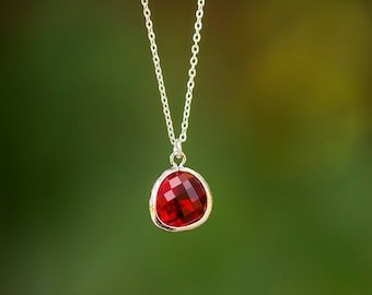 Simple Ruby Crystal Drop Necklace, Minimalist Jewelry, Bohemian Necklace, Bezel Set Crystal Pendant, July Birthstone
