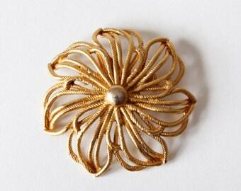 Vintage Gerry's Goldtone Oversize Flower Brooch
