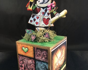 Alice in Wonderland Block: The White Rabbit