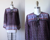 Vintage Indian Cotton Top - 1970s India Festival Tunic Gauze Cotton Blouse Muted Plum Florals w Beaded Ties M - Deadstock