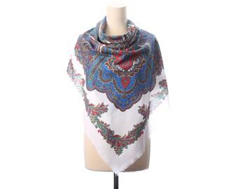 RUSSIAN Wool SCARF 70s Large White Blue Extra Large Fringed Paisley Print Gipsy Shawl Wrap Vintage Babushka Womens Gift Urban Bohemian Wrap