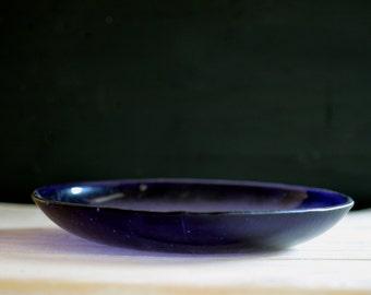 modern minimal glass platters. fused murano glass platters. handmade fused glass