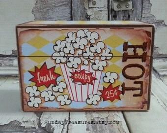 Vintage POPCORN Box / Recipe Box / Holds Microwaveable Popcorn Packets / Holds 4x6 Recipe Cards / Organizing Storage Box  / Retro Box