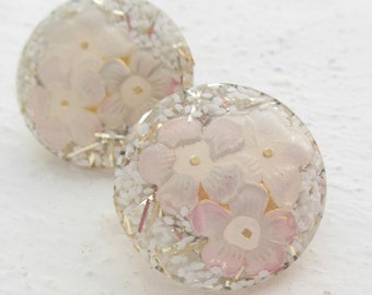 "lucite confetti 1"" round earrings clip on 1950 1960 1970 mid century"