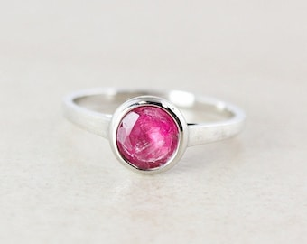25% OFF Juicy Pink Tourmaline Ring - Round - 925 Sterling Silver