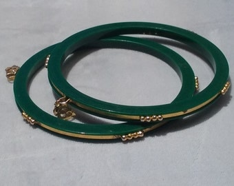 Vintage Green Gold Brass Plastic Bangle Bracelets Matching Set Jewelry Accessories