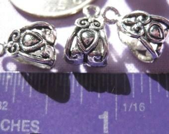 pretty scroll  Bead Bail Pendant Charm Tibetan Silver Jewelry Supply 5 pieces