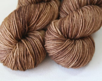 Walnut Kelpie DK hand dyed yarn - 100g superwash merino brown