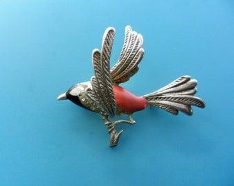 Lovely 1950s figural bird  brooch pin - enamel and rhinestones on a silvertone setting - bird on branch  figure brooch -- Art.736/2  -