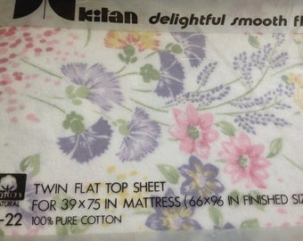 Flannel Sheets ~ Floral White Pink Purple Yellow ~ Vintage Kitan Sheet ~ Twin Flat ~ Warm Sheets  ~ Girls Room ~ Vintage  Linens