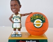 Vintage Ray Allen Seattle Sonics Basketball Team Bobblehead Bobble Head Supersonics Key Bank RETRO
